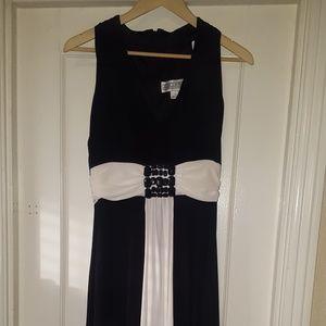 Long Classic Black/White dress